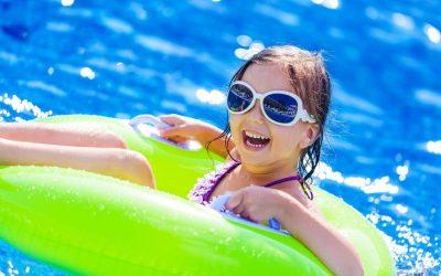 De vakantie van een kind van gescheiden ouders